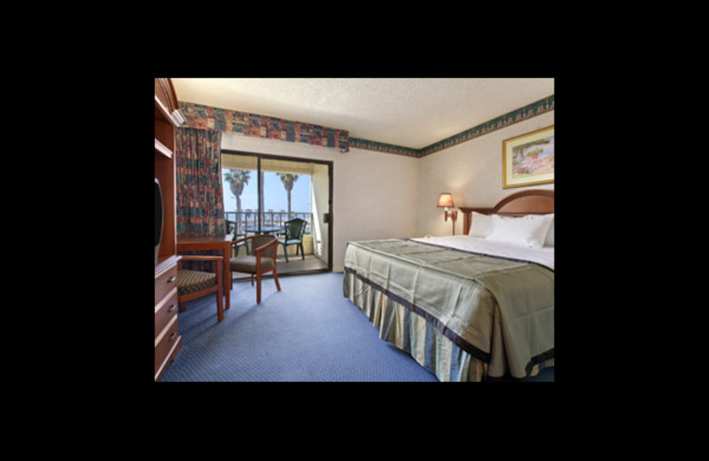Guest room at Travelodge Ocean Front.
