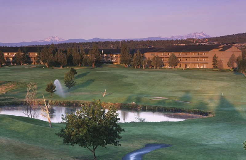Exterior View of Eagle Crest Resort