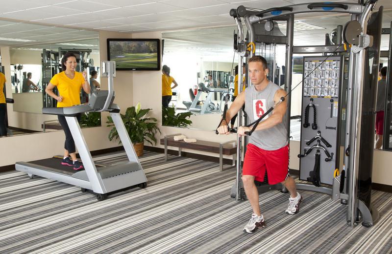 Fitness room at Candlewood Suites DETROIT-WARREN.