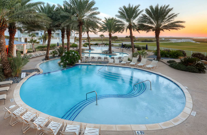 Outdoor pool at Pointe West Properties.