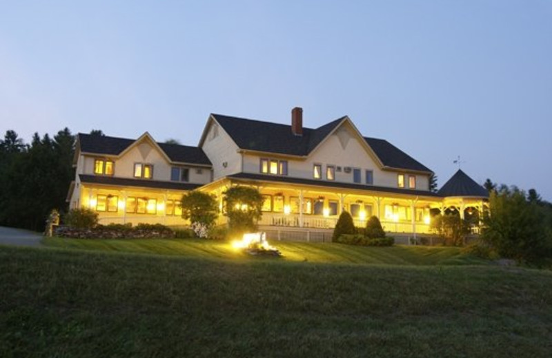 Exterior evening view of Willough Vale Inn.