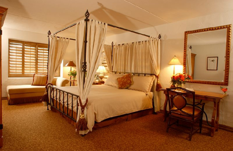 Guest room at Scottsdale Resort & Conference Center.