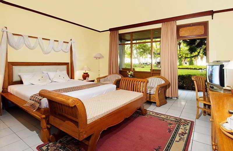 Guest room at Jayakarta Lombok.