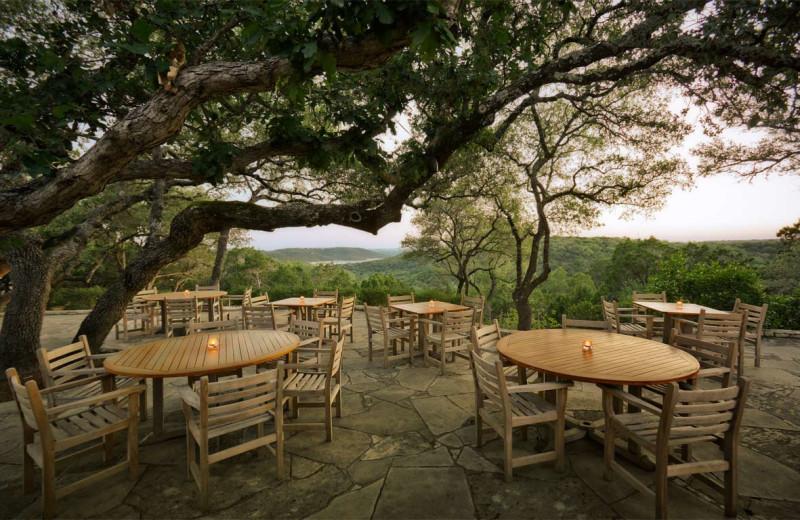 Outdoor dining at Travaasa Austin.