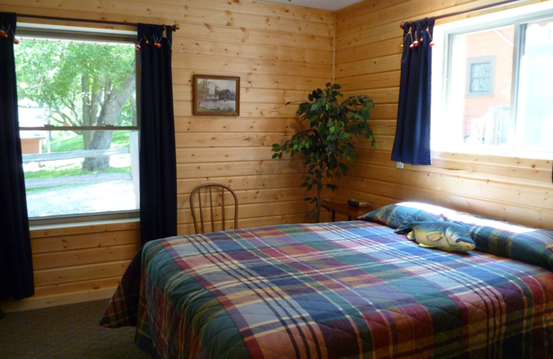 Cabin bedroom at Swan Lake Resort.