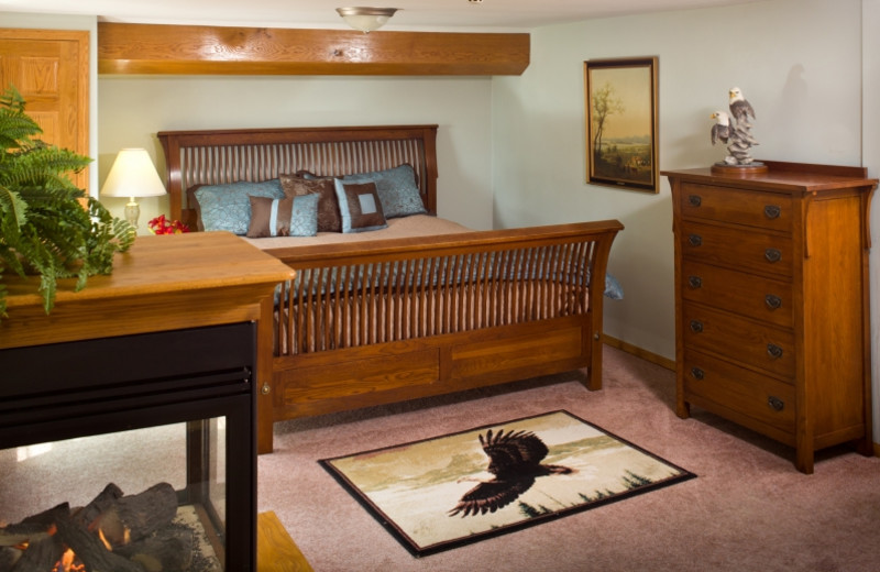 Eagle's Nest bedroom at HideAway Country Inn.