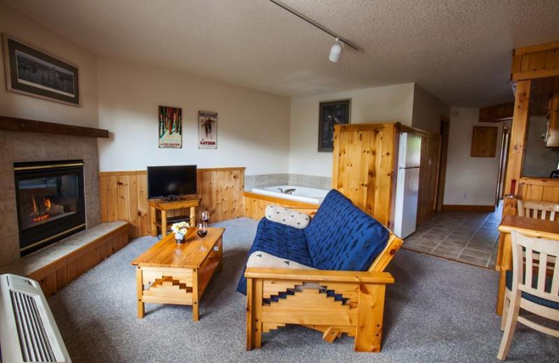 Guest jacuzzi suite at Eagle Ridge at Lutsen Mountains.