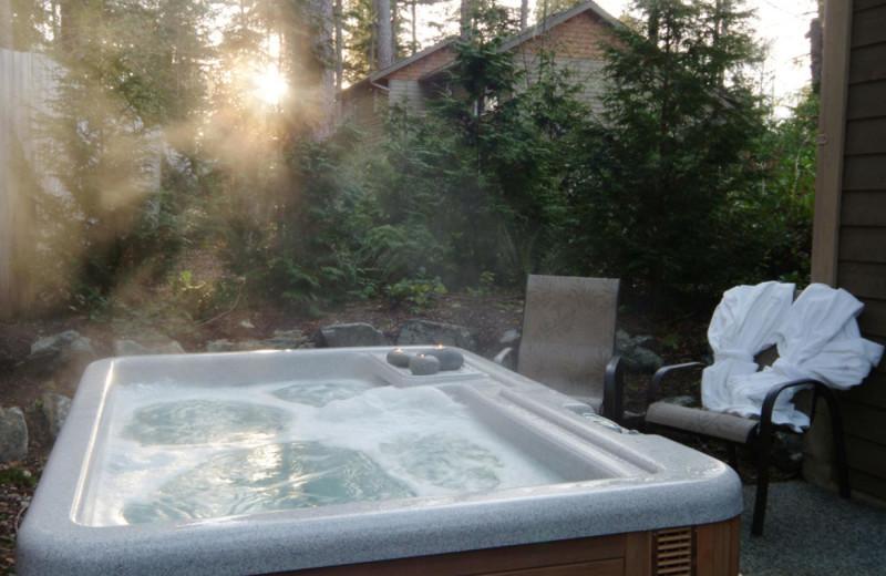 Cabin hot tub at Long Beach Lodge Resort.