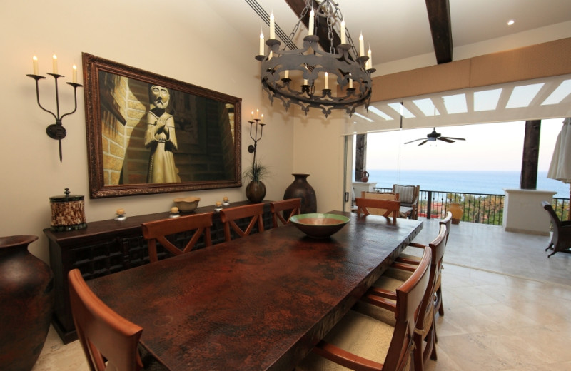 Rental dining room at Luxury Villa Collections.