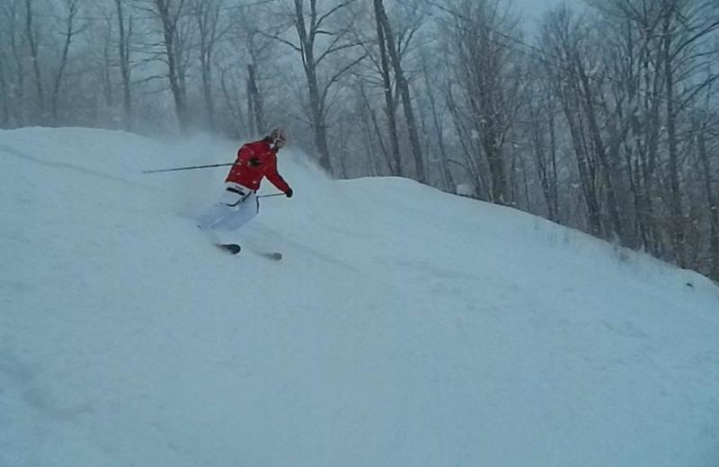 Skiing at Valley of Saint-Sauveur.