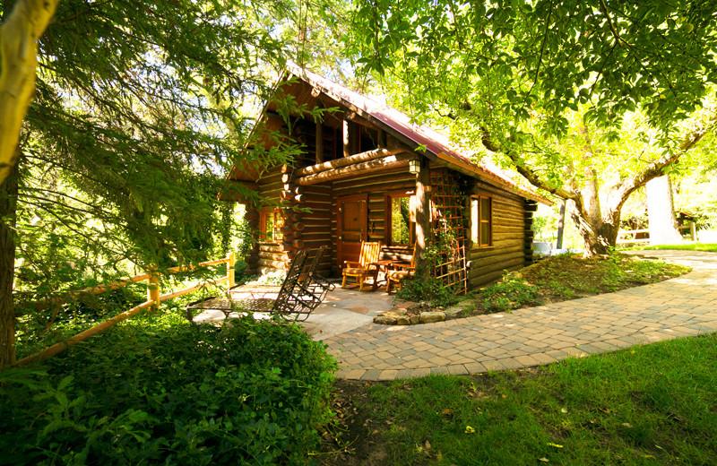 Cabin At Garlandu0027s Oak Creek Lodge.