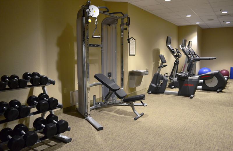 Fitness center at Rosen Inn.