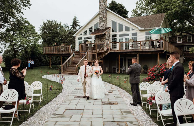 Weddings at Battlefield Bed & Breakfast.