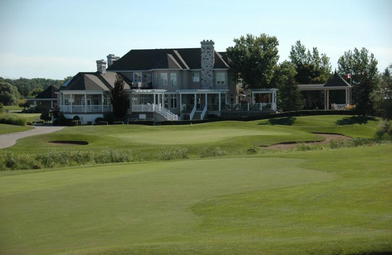 Exterior view of Sawmill Creek Golf Resort & Spa.