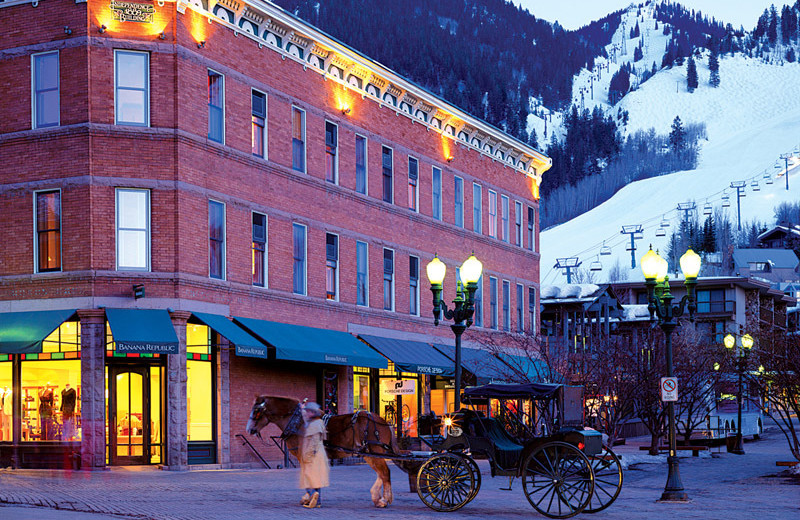 Exterior view of Frias Properties of Aspen - Independence Square.