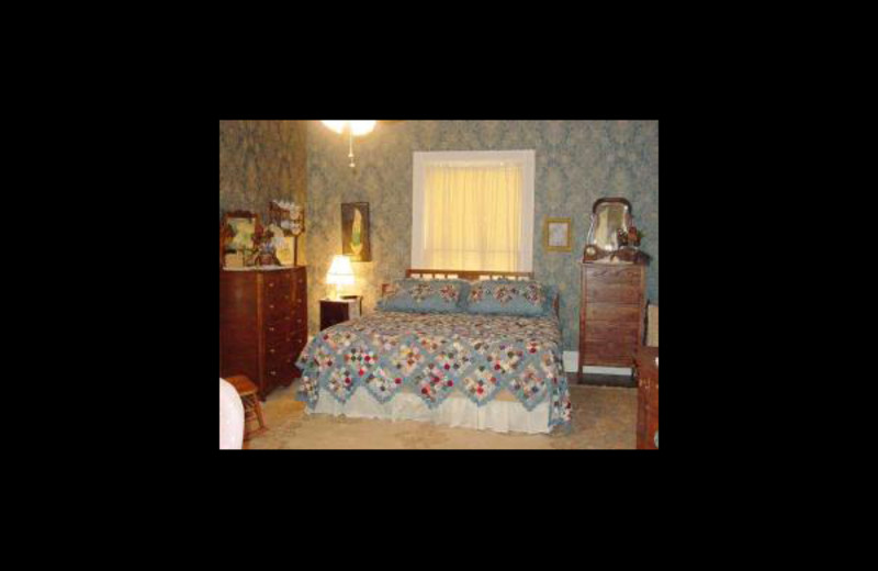 Guest room at Rose Anglin Bed & Breakfast.