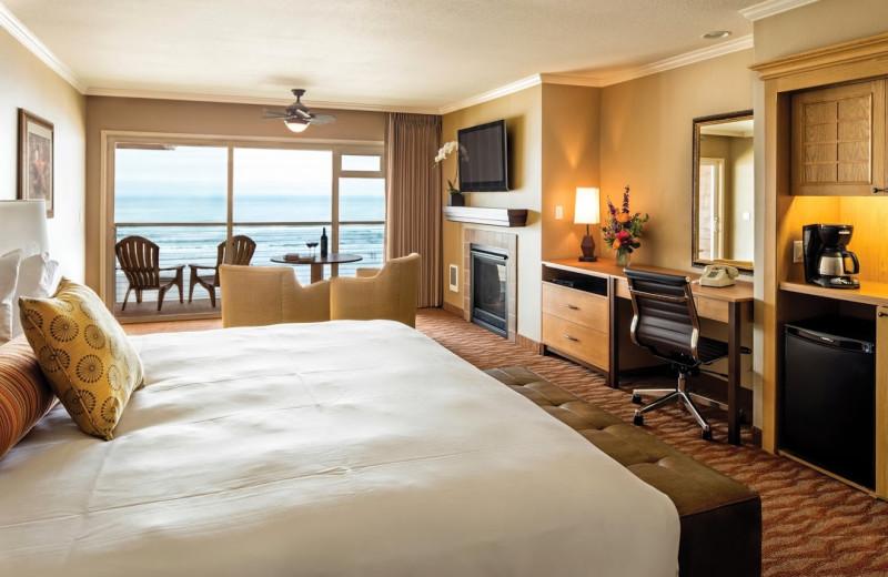 Guest room at Hallmark Resort in Cannon Beach.