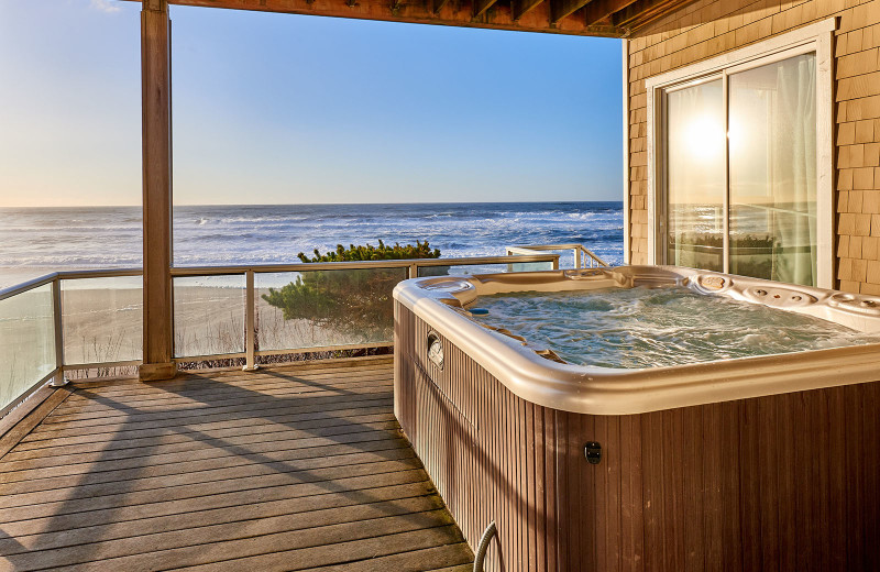 Deck hot tub at Admiral's Beach Retreat.