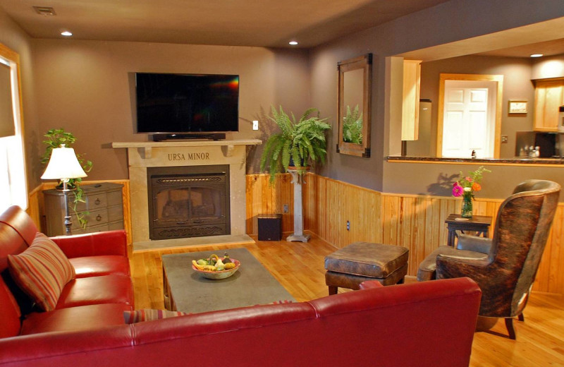 Guest living room at Beaver Lakefront Cabins.