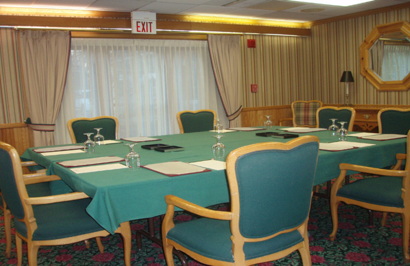 Meeting room at The Geneva Inn.