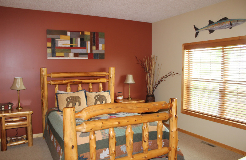 Guest bedroom at Big Sandy Lodge & Resort.