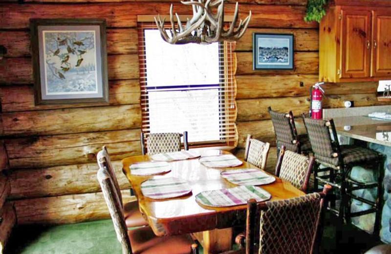 Dining Room at Whitetail Ridge