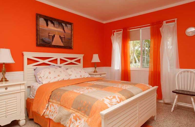 Guest room at Popp's Motel-Bayside.