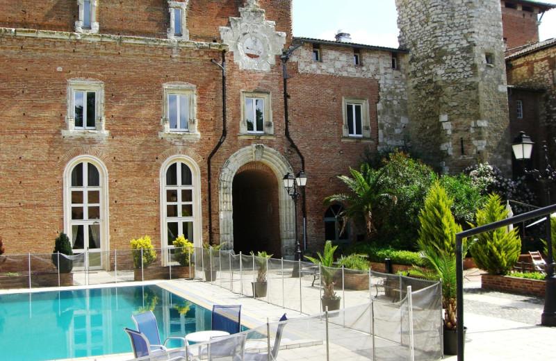 Outdoor pool at Château de Terrides.
