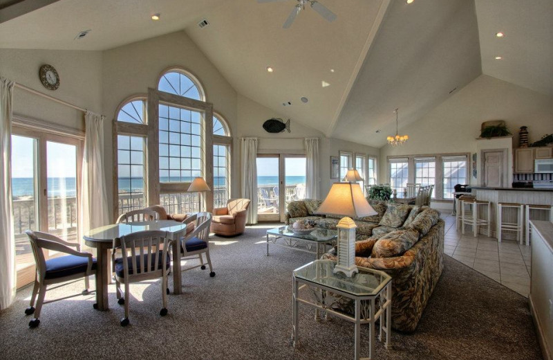 Luxurious Interior View at Hatteras Realty