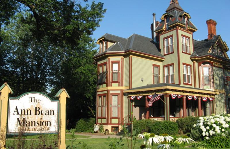 Exterior view of Ann Bean Mansion.
