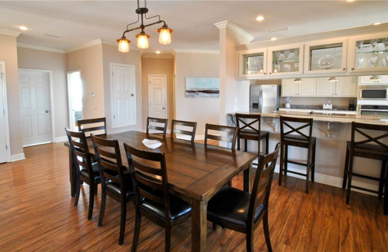 Rental dining room at Dauphin Island Beach Rentals, LLC.