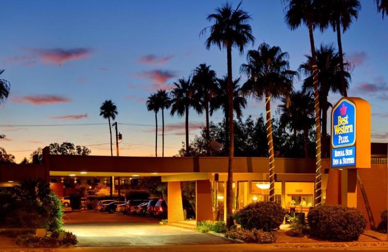Exterior view of Best Western Royal Sun Inn & Suites.