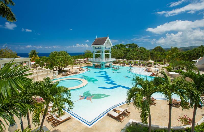 Outdoor pool at Sandals Grande Ocho Rios Beach & Villa Resort.