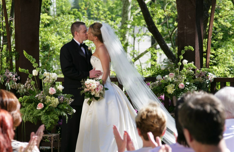 Weddings at RiverStone Resort & Spa.