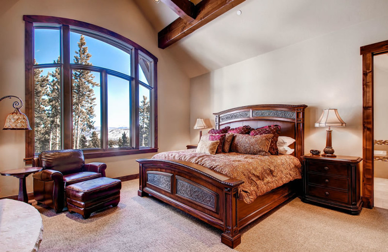 Rental bedroom at Pinnacle Lodging, Inc.