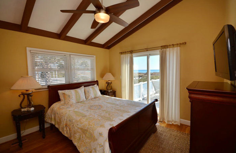 Rental bedroom at Elliott Beach Rentals.