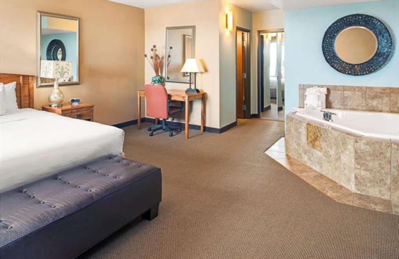 Guest room at CoCo Key Water Resort- Holiday Inn Omaha Convention.