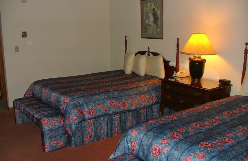 Guest room at Hotel Vienna.