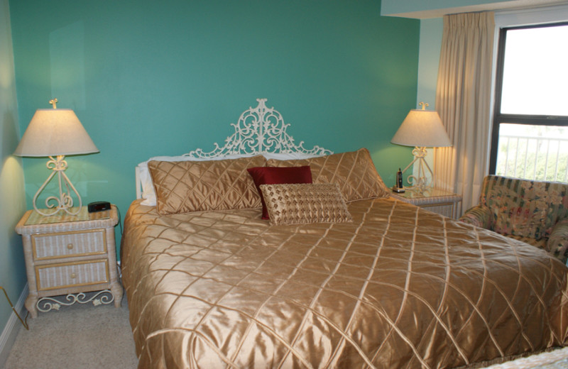 Vacation rental bedroom at Silver Dunes Condominium.