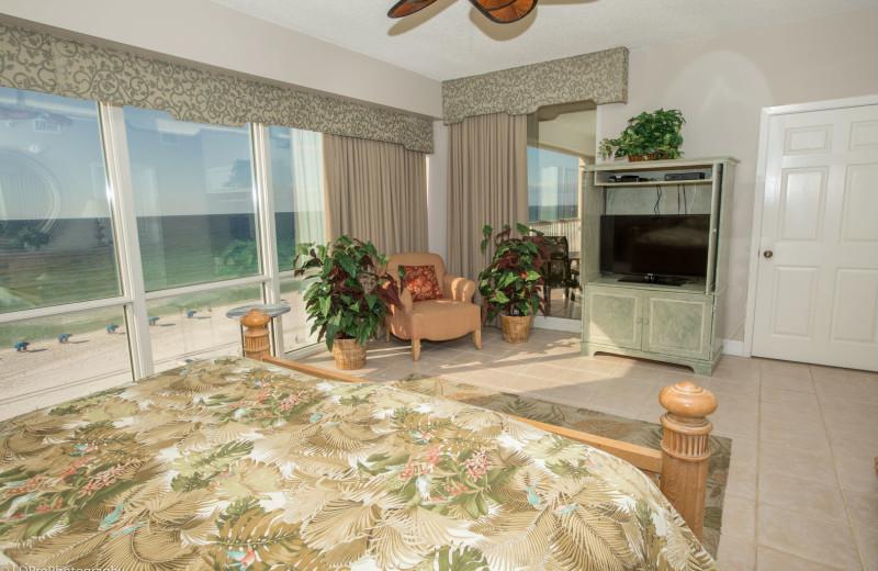 Rental bedroom at Holiday Isle Properties, Inc.