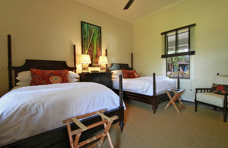 Two bed guest room at Lumeria Maui.