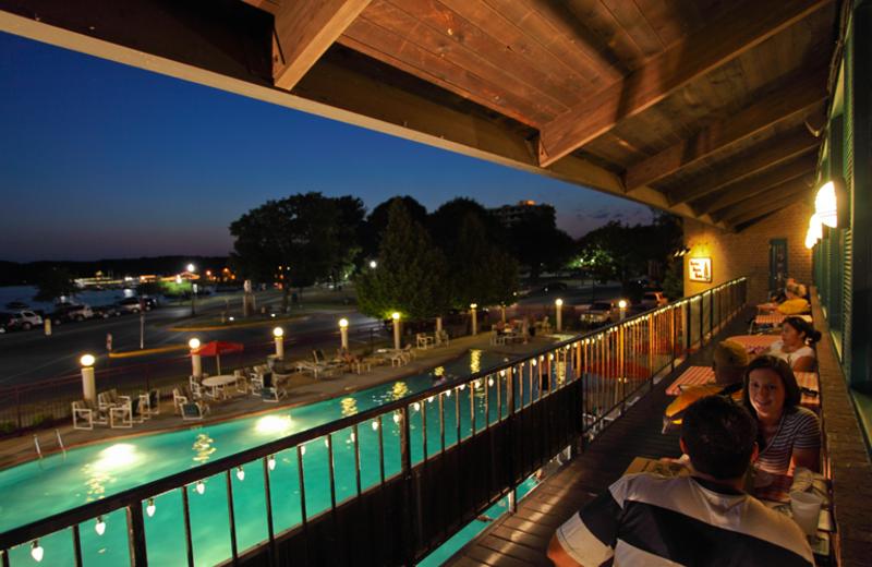 Romantic evenings at Harbor Shores.