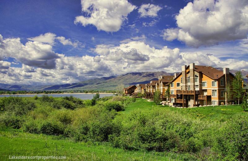 Exterior view of Lakeside Resort Properties.