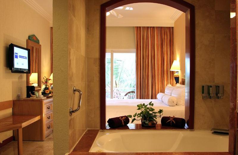 Bathroom at Barcelo Maya Beach Resort