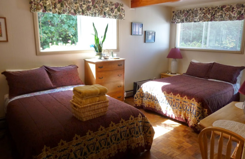 Guest room at Copes' Islander Bed & Breakfast.