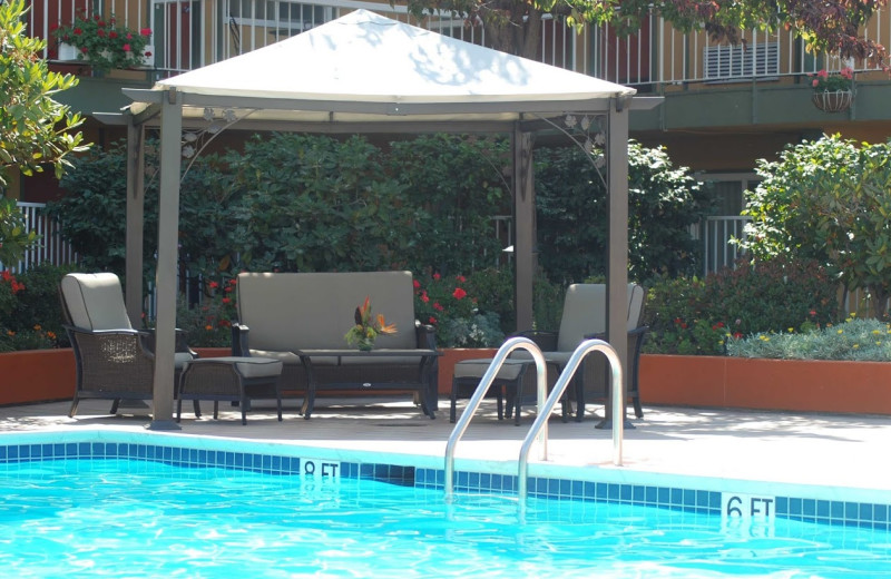 Outdoor pool at The Inn at Jack London Square.