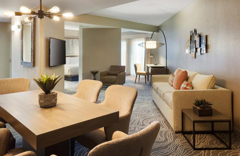 Guest room at Savannah Marriott Riverfront.