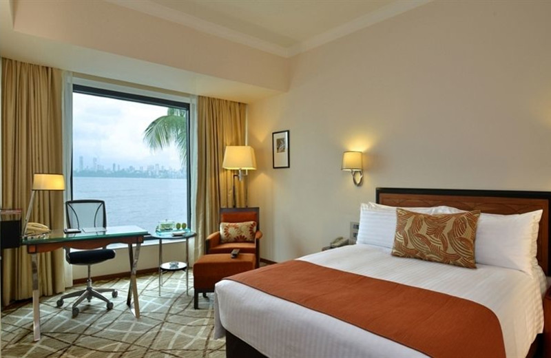 Guest room at Hotel Marine Plaza.