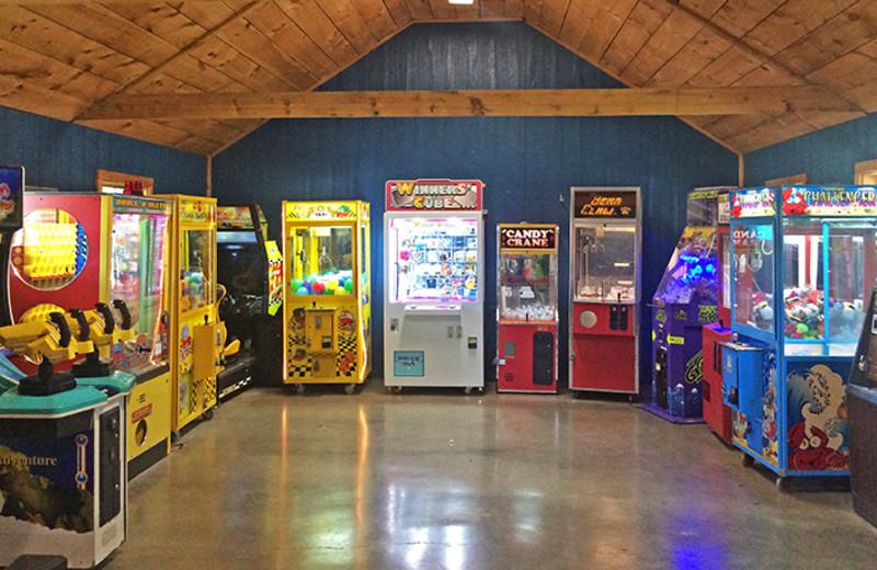 Video arcade at Yogi Bear's Jellystone Park Gardiner.