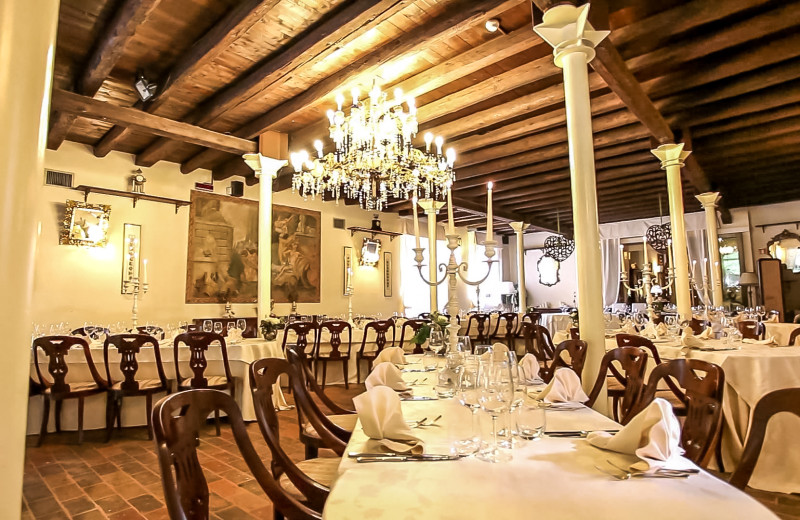 Dining at Hotel Villa Luppis.